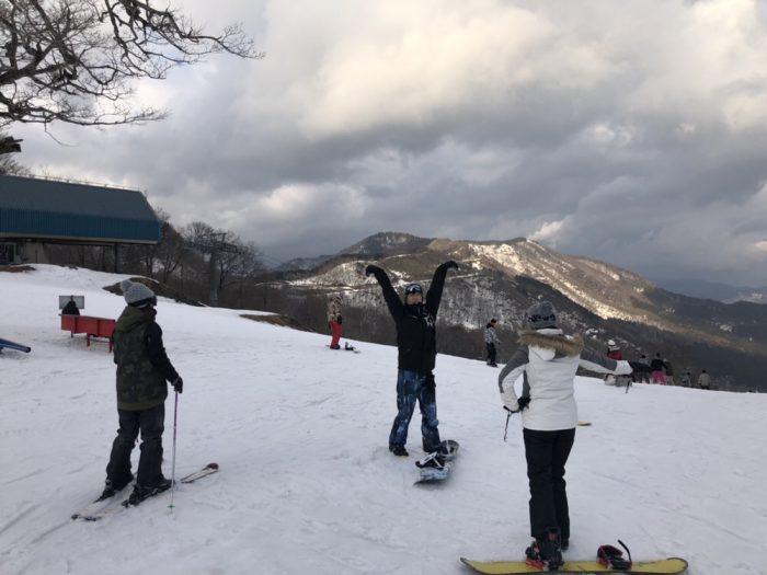 スノーボードに行ってきました!
